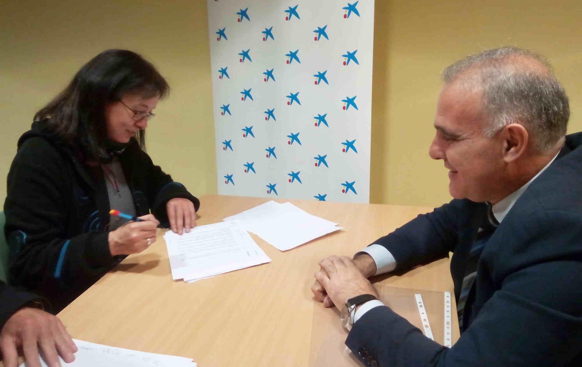 Asociación Realidades firma un acuerdo de colaboración con el programa INCORPORA de la Fundación Bancaria La Caixa